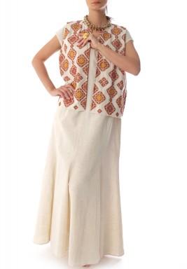 فستان أستاريس