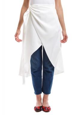 تنورة ملتفة سمني أوف وايت