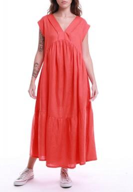 فستان مرجاني متدرج بأكمام قصيرة