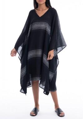 فستان أسود ورمادي فضفاض بأكمام طويلة