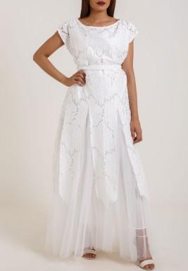 فستان الزهور الأبيض