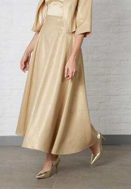 تنورة ذهبية كلوش تويد