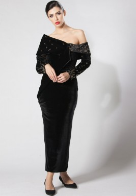فستان أسود مخمل متوسط الطول
