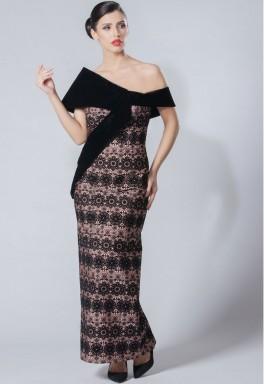فستان أسود ووردي حرير مزخرف