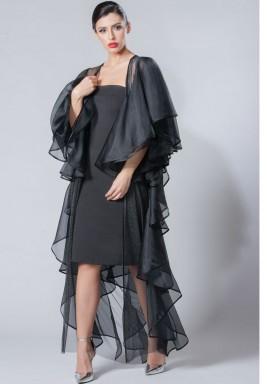 عباية  مصنوعة من قماش التول و الحرير الشفاف