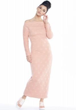 فستان وردي منقط بظهر مفتوح