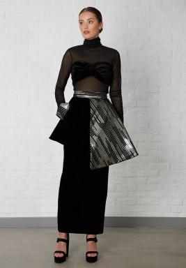 تنورة أسود وذهبي مخمل بطبقتين