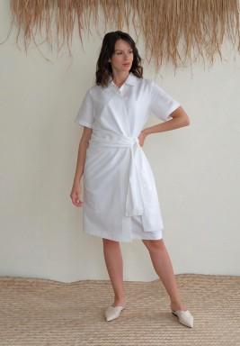 فستان بيانكا الأبيض نمط لف