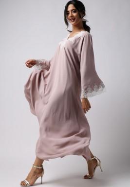 فستان مهدب كشكش بأطراف دانتيل