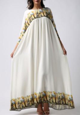فستان أبيض بطبعات ورود ماكسي