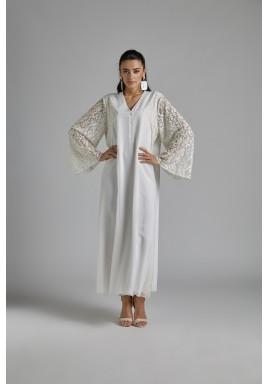 فستان استقبال أبيض حرير بأكمام دانتيل