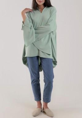 قميص أخضر بتطريز باستيل
