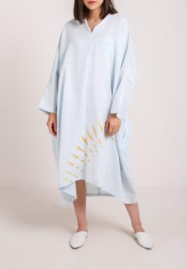 فستان أزرق فاتح كتان بطبعة عين - بطلب مسبق