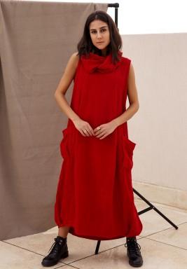 فستان غير مردن أحمر