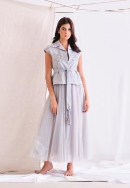 فستان رمادي مطرز تول