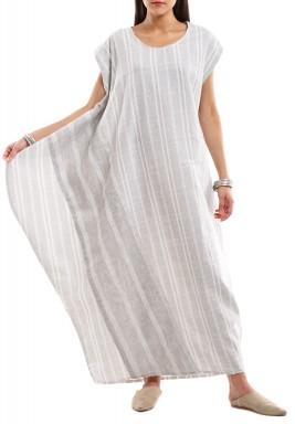فستان الجانب العريض مقلم بمربعات أبيض ورمادي