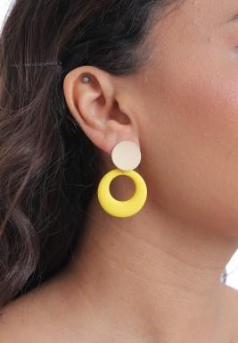 أقراط صفراء متدلية بتصميم دائري