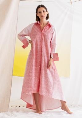 فستان وردي مطبوع محزم