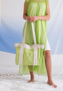 حقيبة شاطئ خضراء