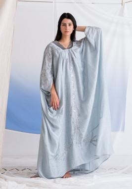 فستان أزرق نيلي مطرز مع بطانة