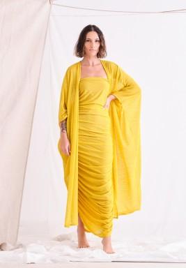 طقم أصفر فستان مزموم وبشت