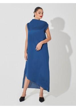 فستان برقبة عالية أزرق