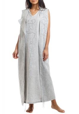 فستان رمادي مطرز بدون أكمام
