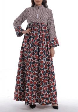 فستان مليحة الأحمر بطبعات وأكمام طويلة