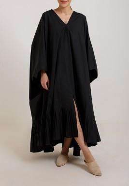 فستان بطيات مربعة أسود