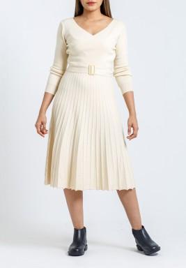 فستان أوف-وايت بكسرات متوسط الطول