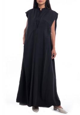 فستان أسود سادة بدون أكمام
