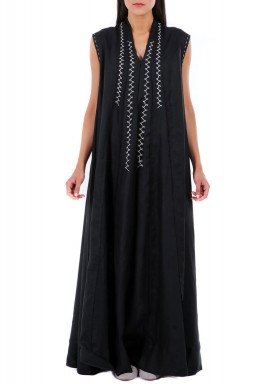 فستان وجوه طويل أسود