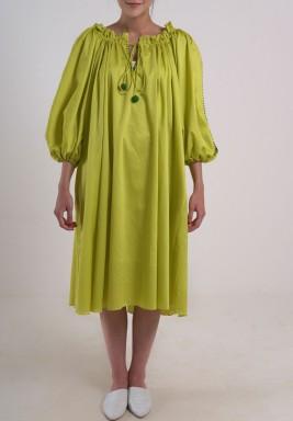 فستان الكرة الأخضر