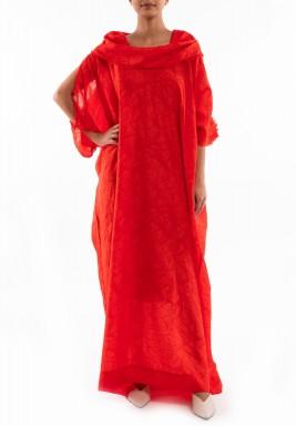 فستان أحمر حرير بياقة مطوية