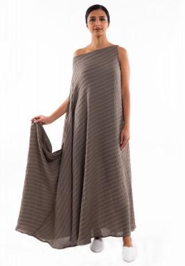فستان رمادي مخطط بتصميم غير متماثل