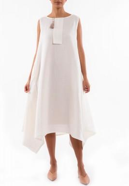 فستان أوف-وايت متباين الطول
