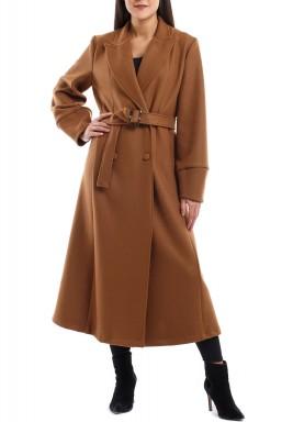 معطف طويل باللون الجملي