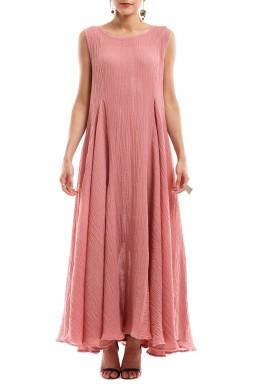 فستان بلا أكمام وردي