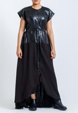 فستان أسود نصف جلد بحزام