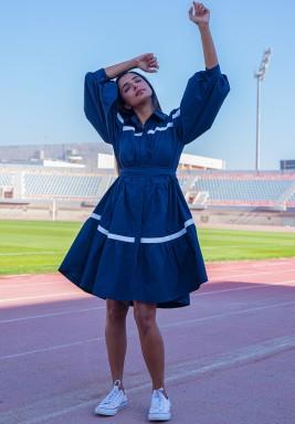 فستان ذا هامبتونز الكحلي بأكمام منفوخة