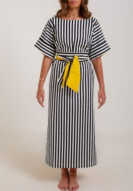 فستان أسود مخطط بظهر أصفر
