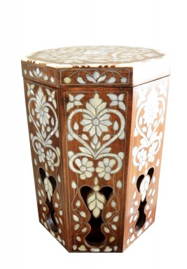 صندوق خشبي بطراز زهور كلاسيكي -إيه