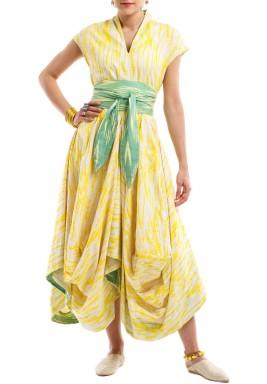 فستان منفوش مع حزام