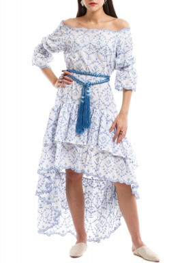 فستان بكشكش قصير على الأمام