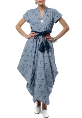 فستان بتصميم طيات متعرجة