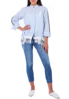 قميص أزرق بحاشية دانتيل