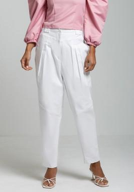 بنطال جينز أبيض واسع