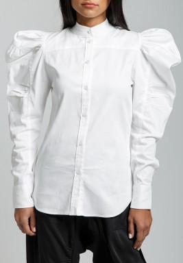 قميص أبيض بوبلين بأكتاف منفوخة