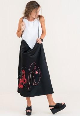 فستان قصة وسيعة بتطريز يدوي - أسود