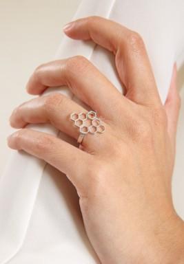 خاتم نكتار خلية النحل مطلي روديوم